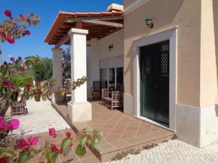 Image 8, 3 Bedroomed Villa : AV1565