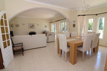 Image 5, 4 Bedroomed Villa : JV1722
