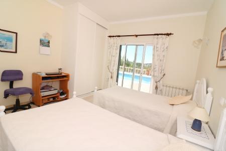 Image 8, 4 Bedroomed Villa : JV1722