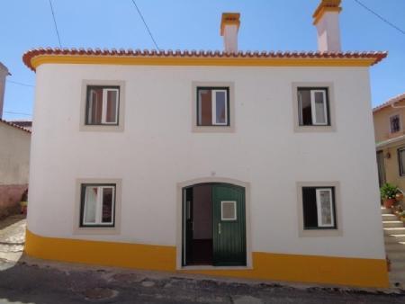 Image 1, 3 Bedroomed Villa : AV1570