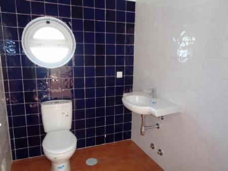 Image 8, 3 Bedroomed Villa : AV1570