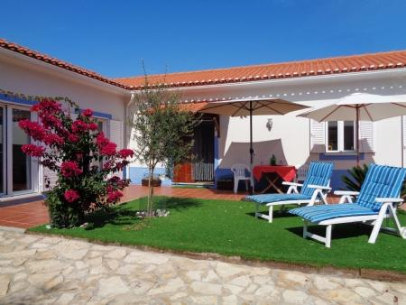 Image 2, 2 Bedroomed Villa : AV1579
