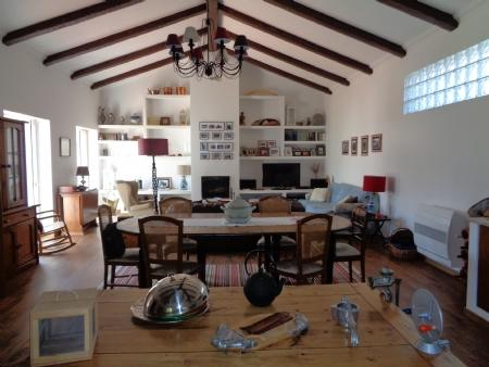 Image 5, 2 Bedroomed Villa : AV1579