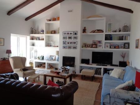 Image 6, 2 Bedroomed Villa : AV1579