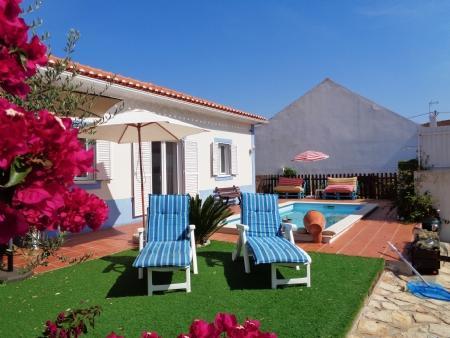 Image 16, 2 Bedroomed Villa : AV1579