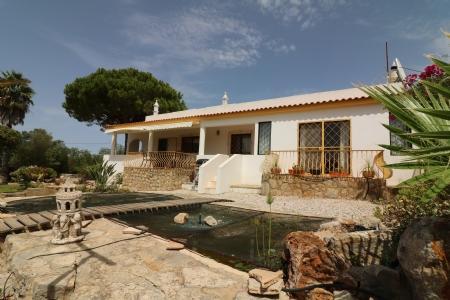 Image 1, 5 Bedroomed Villa : JV1739