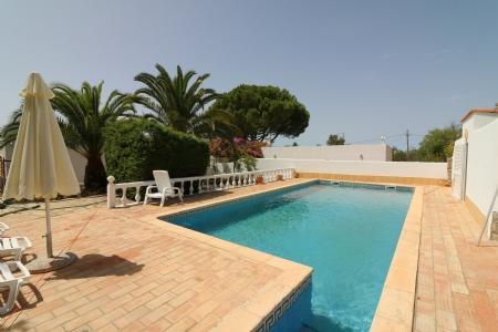 Image 3, 5 Bedroomed Villa : JV1739
