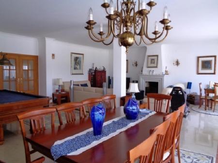 Image 7, 4 Bedroomed Villa : AV1580