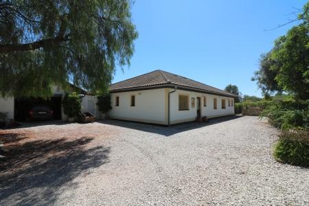 Image 1, 5 Bedroomed Villa : JV1730