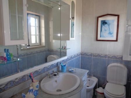 Image 11, 3 Bedroomed Villa : AV1586