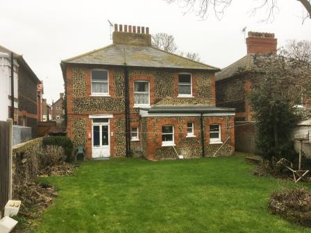 4 Bedroom Detached House For Sale In 16 Harold Avenue