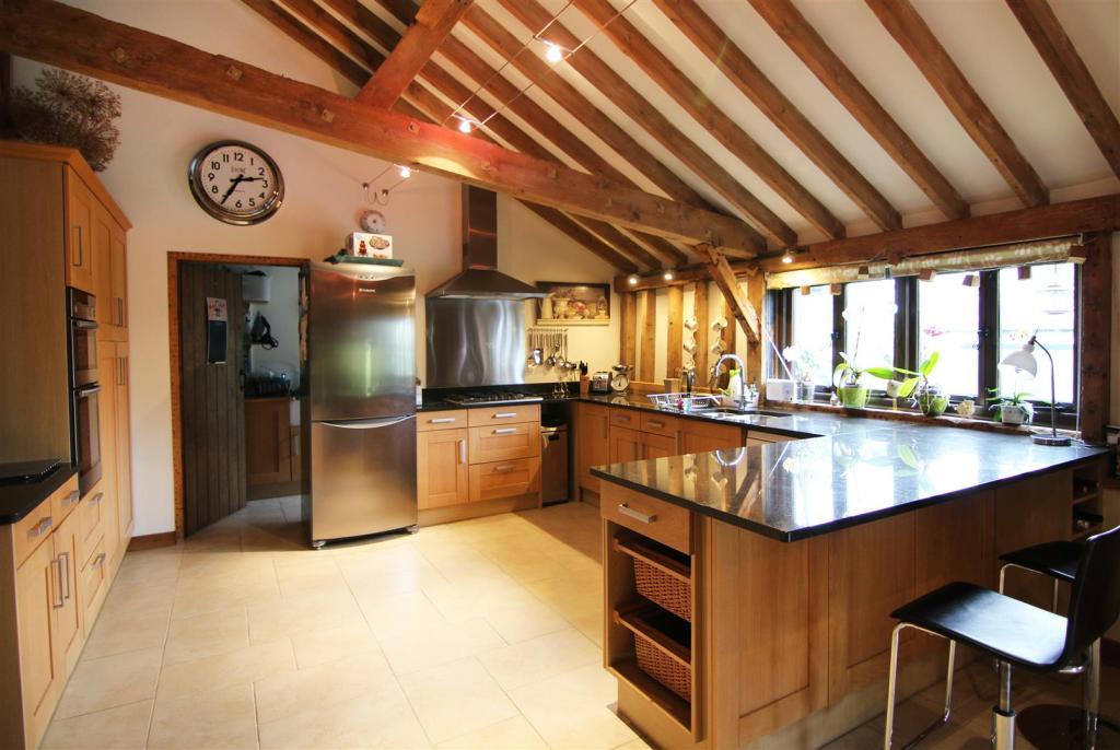 Dining Kitchen 3 EDI