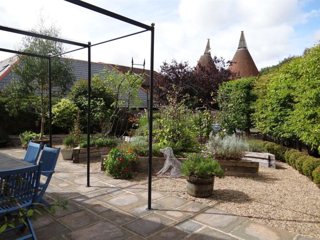 Kitchen Garden 2.jpg