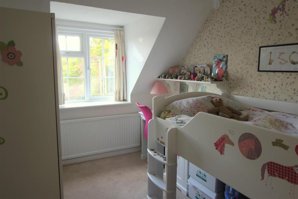 Bedroom 4 Edit 2.jpg