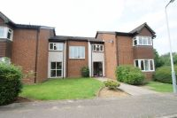 Flat for sale in Rabournmead Drive...