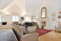 4 bed Flat in Lennox Gardens...