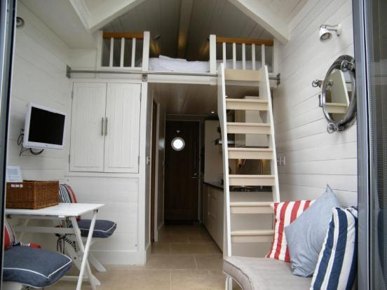 1 bedroom end of terrace house for sale in the beach huts for Beach hut interior ideas