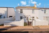 2 bedroom End of Terrace house for sale in Albion Street, Shaldon...