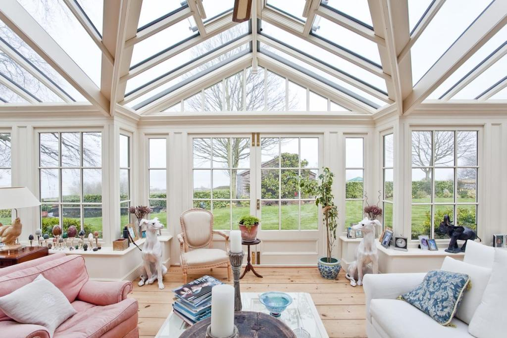 Traditional Conservatory Design Ideas Photos Inspiration Rightmove Home Ideas