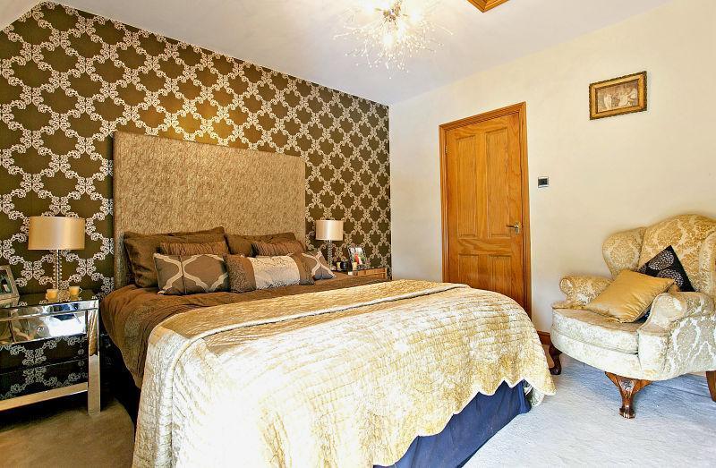 Gold Wallpaper Design Ideas Photos Inspiration Rightmove Home Ideas