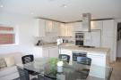 Detached property to rent in Sunnyfield, Mill Hill