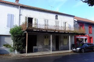 4 bed Village House in Midi-Pyr�n�es...