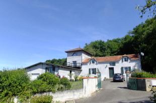 4 bedroom property for sale in Midi-Pyrénées...