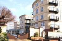 2 bed Flat to rent in Wimbledon Central, SW19