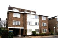 1 bedroom Flat to rent in Bickley Court, SW19