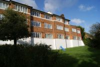 St Abyans Court Flat to rent