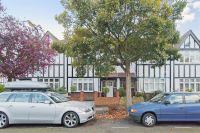 4 bedroom house in Merton Hall Gardens, SW20