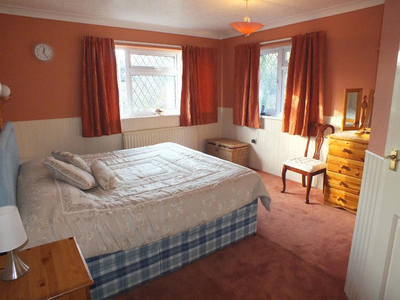 Http Www Rightmove Co Uk Home Ideas Brown Red Master Bedroom Html