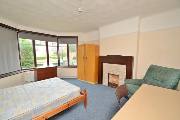 Lounge / Bedroom 5