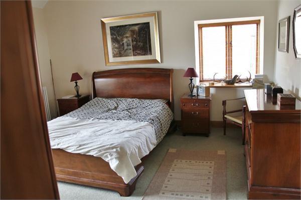 Bedroom  - furnishe
