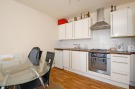 2 bed Flat to rent in Robinson Road, London...