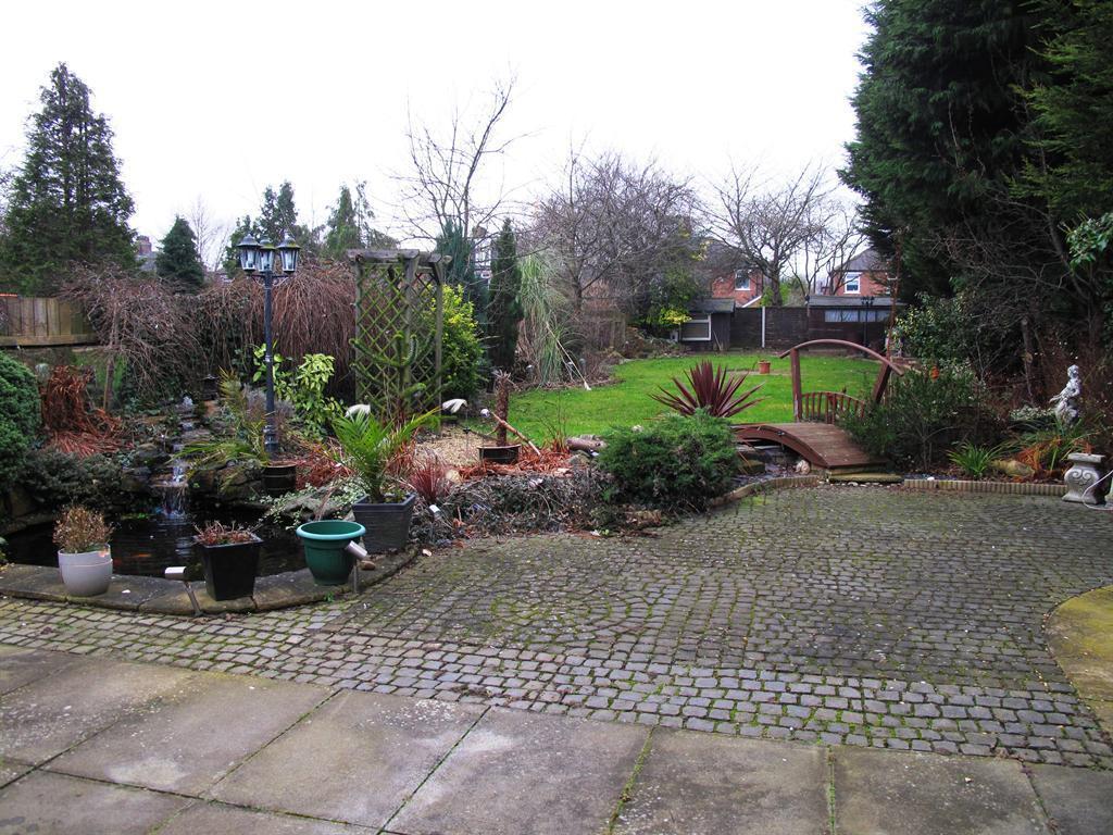 rear patio and garden