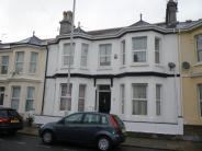 2 bedroom house to rent in Grenville Road, Plymouth...