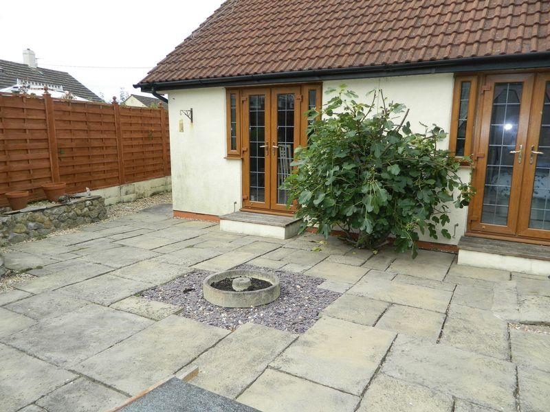 Courtyard Photo 2