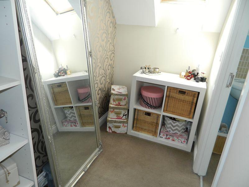 Dresser off Be...