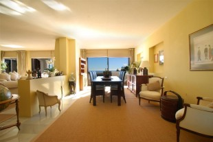 4 bed Apartment in Andalusia, M�laga...
