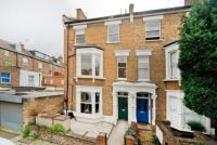 Apartment to rent in Roderick Road, Hampstead...