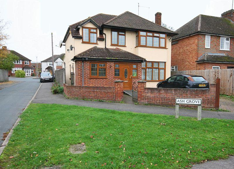 4 bedroom detached house for sale in large double garage for Detached garage for sale