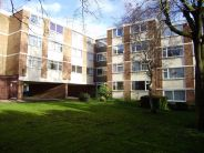 2 bed Flat to rent in Forest Court, Mount Nod...