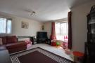 2 bed Flat to rent in Howards Close, Pinner...