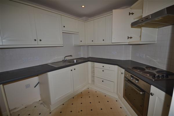 Kitchen :
