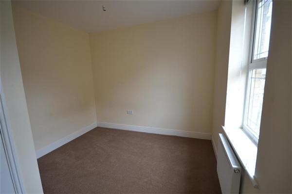 Bedroom 3 :