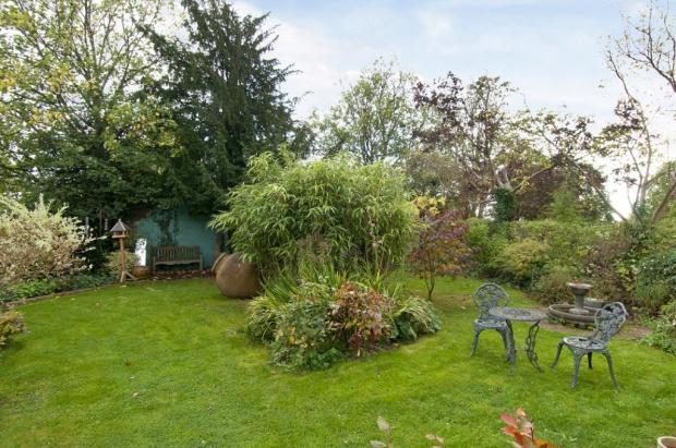 Large Garden.08