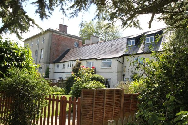 2 Bedroom Apartment For Sale In Walford House Walford Cross Taunton Somerset Ta2