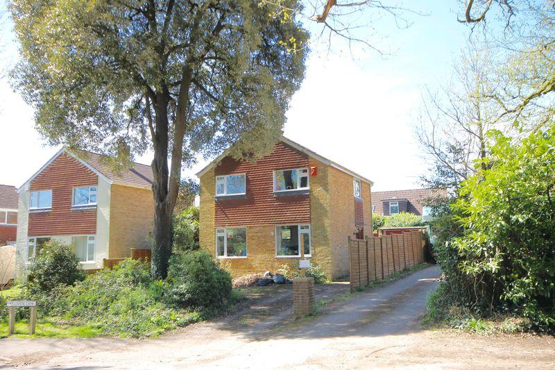 3 bedroom detached house for sale in hollybank lane