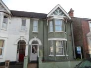 semi detached property to rent in Richmond Road, Bedford...